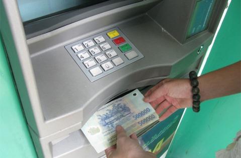 the atm vietcombank rut duoc toi da bao nhieu tien