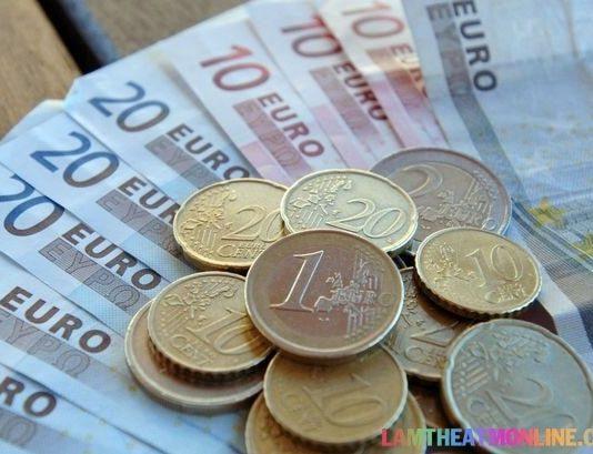 1 Euro bằng bao nhiêu tiền Việt