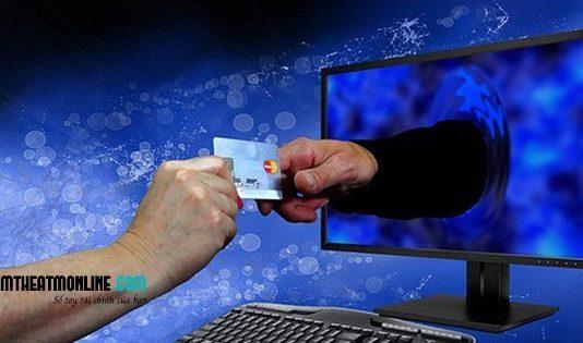 Lừa đảo làm thẻ tín dụng